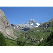 Guided hiking tours, trekkings and approaches to the Europe Alps (1 - 6 days)