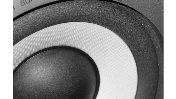 Kako spojiti pojačalo na zvučnike automobila